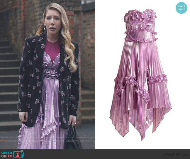 Archive II The 1977 Sunray gown by Zandra Rhodes worn by Katherine (Katherine Ryan) on The Duchess