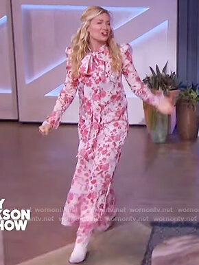 Beth Behrs's pink floral maxi dress on The Kelly Clarkson Show