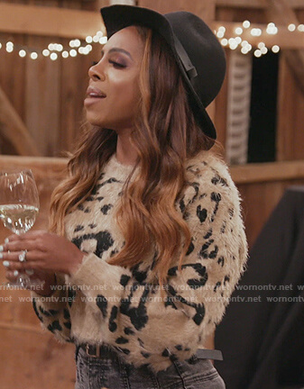 Candiace's cropped leopard teddy sweater on The Real Housewives of Potomac
