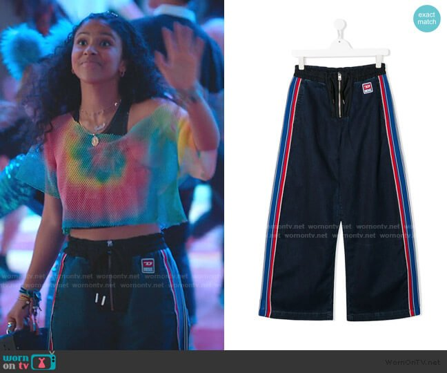 TEEN Striped Side Panel Trousers by Diesel worn by Julie (Madison Reyes) on Julie & the Phantoms