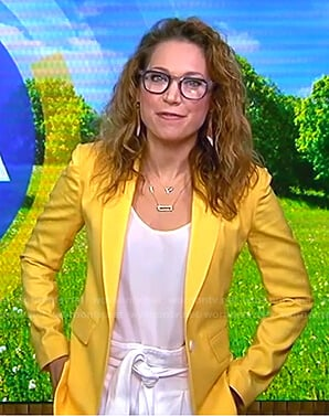 Ginger's yellow blazer and white shorts on Good Morning America