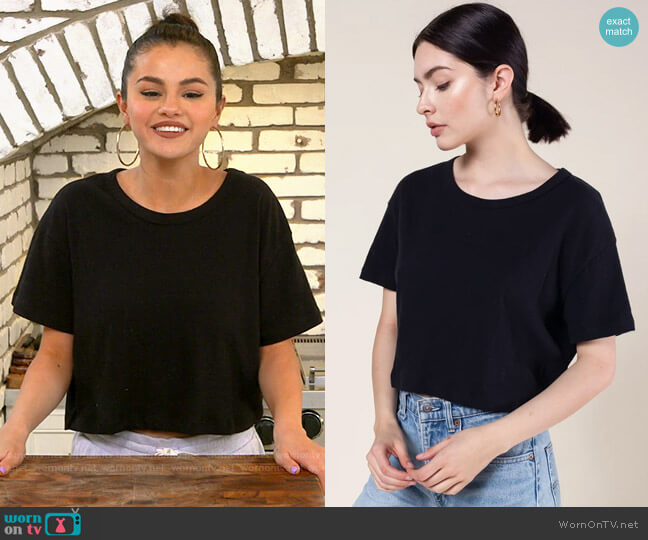 Leset Cropped Boxy Tee worn by Selena Gomez  on Selena + Chef
