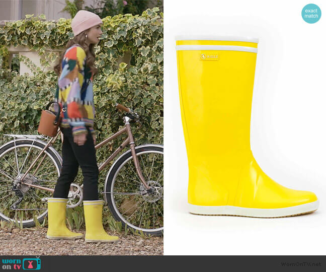 Bottes de pluie homme by Aigle worn by Emily Cooper (Lily Collins) on Emily in Paris