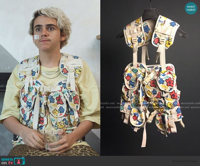 Military Vest by Bernhard Willhelm worn by Fraser Wilson (Jack Dylan Grazer) on We Are Who We Are