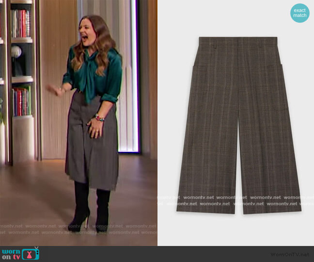 Culottes in Prince of Wales by Celine worn by Drew Barrymore  on The Drew Barrymore Show