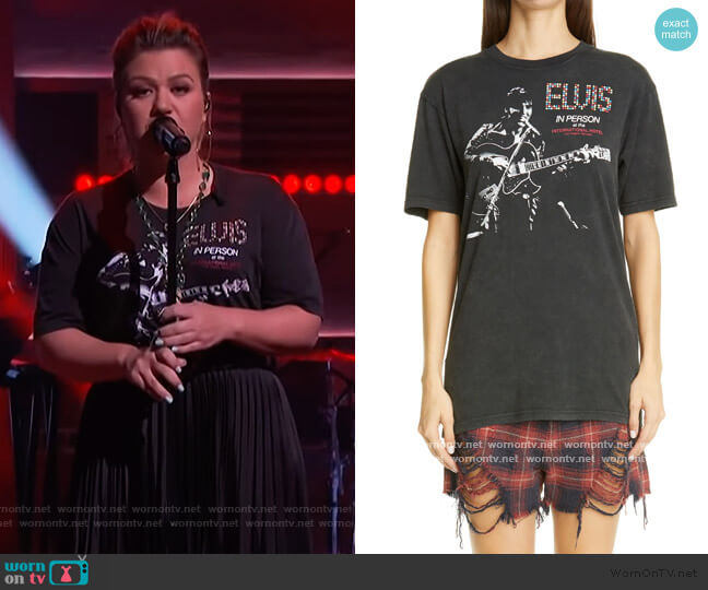 Elvis In Person Graphic Cotton Tee by R13 worn by Kelly Clarkson  on The Kelly Clarkson Show