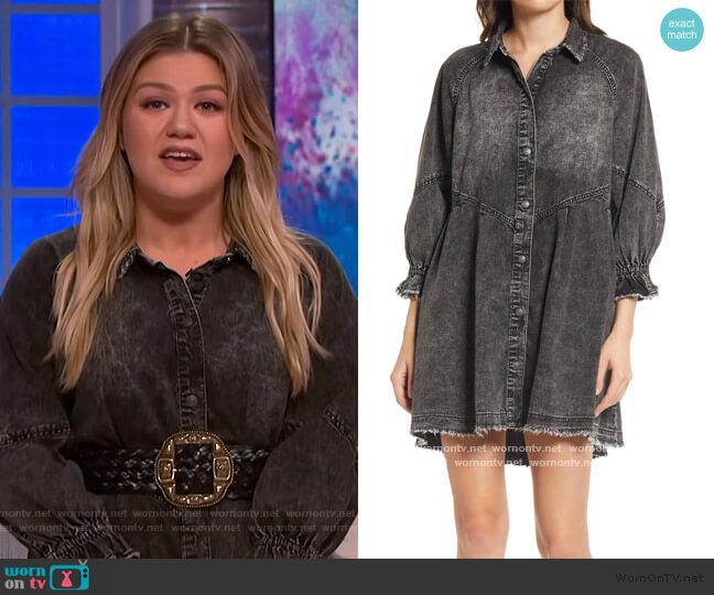 Hannah Denim Mini Dress by Free People worn by Kelly Clarkson  on The Kelly Clarkson Show