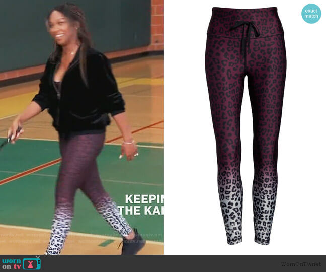 The Cinched Waist Ombre Leggings by Good American worn by Malika