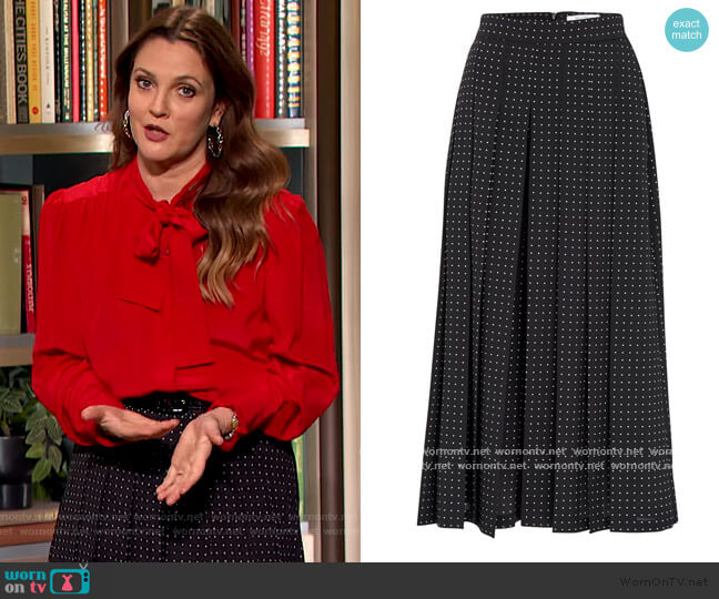 Polka-dots skirt by Max Mara worn by Drew Barrymore  on The Drew Barrymore Show