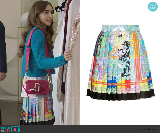 Pleated Printed Silk-Twill Mini Skirt by Versace worn by Emily Cooper (Lily Collins) on Emily in Paris
