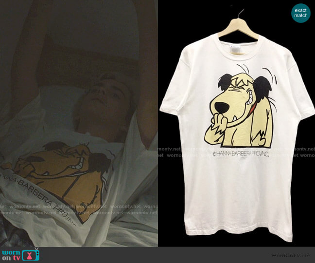 Vintage 90s Muttley Print Tee  worn by Fraser Wilson (Jack Dylan Grazer) on We Are Who We Are