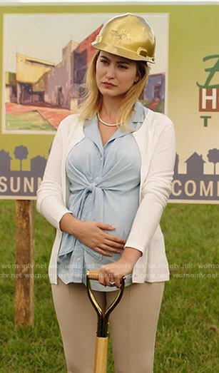 Becky's tie front chambray maternity shirt on Filthy Rich