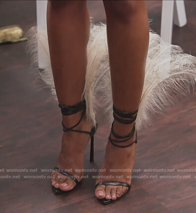 Candiace's black feather sandals on The Real Housewives of Potomac