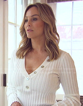 Clare's white ribbed button detail top on The Bachelorette