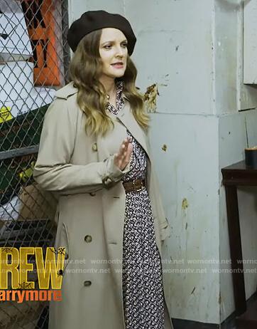 Drew's beige trench coat on The Drew Barrymore Show