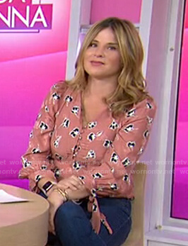 Jenna's pink floral tie-cuff blouse on Today