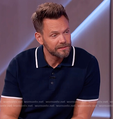Joel McHale's navy polo shirt on The Kelly Clarkson Show