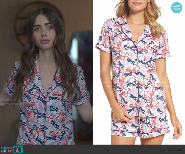 Short Pajamas by Kate Spade worn by Emily Cooper (Lily Collins) on Emily in Paris