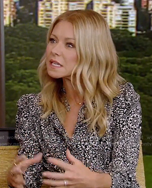 kelly's black paisley print blouse on Live with Kelly and Ryan