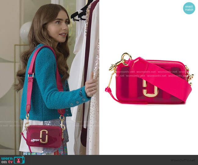 The Jelly Snapshot Camera Bag by Marc Jacobs worn by Emily Cooper (Lily Collins) on Emily in Paris
