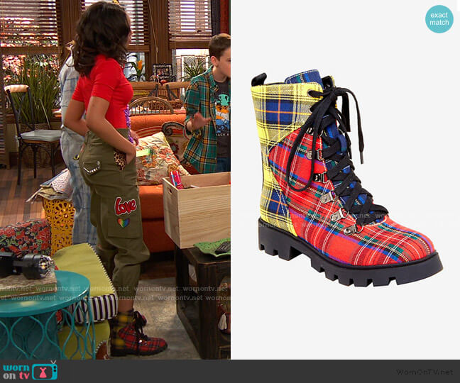 Plaid Combat Boot from Hot Topic worn by Nia Baxter (Navia Robinson) on Ravens Home