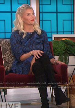 Amanda's blue floral dress on The Talk