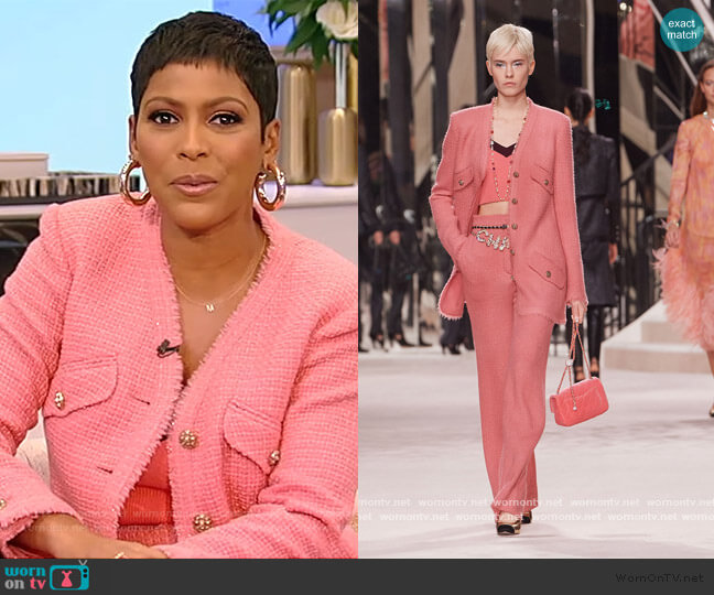 Iridescent Wool Tweed Jacket and Pants by Chanel worn by Tamron Hall  on Tamron Hall Show