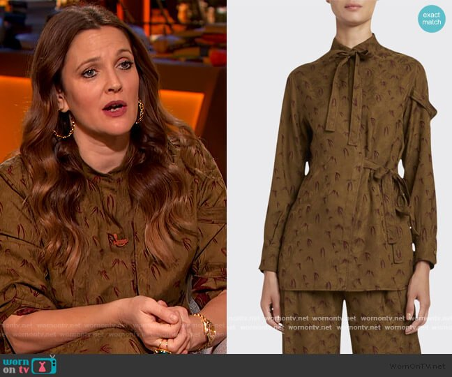 Palm Jacquard Blouse and Pants by Chloe worn by Drew Barrymore  on The Drew Barrymore Show