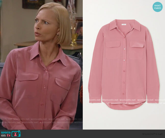 Slim Signature washed-silk shirt by Equipment worn by Jill Kendall (Jaime Pressly) on Mom