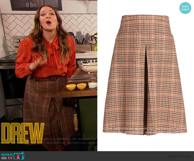 Memory Of Wool Culotte Skirt by Maison Margiela worn by Drew Barrymore  on The Drew Barrymore Show
