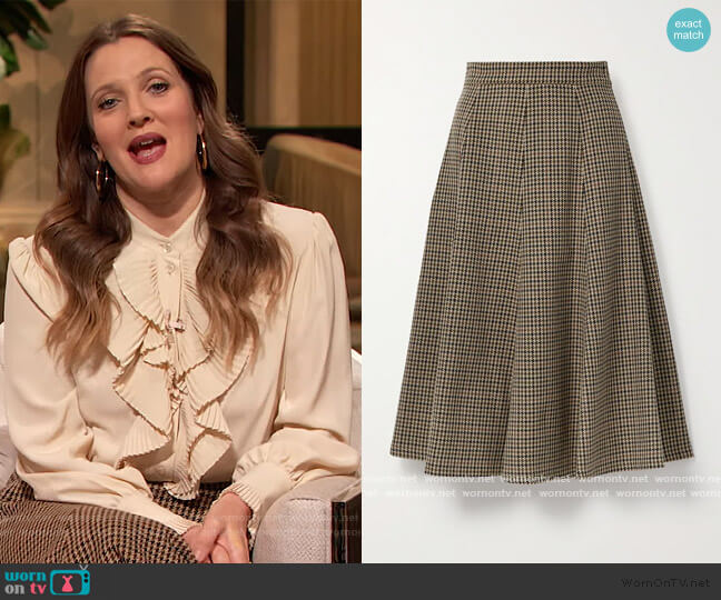 Houndstooth wool midi skirt by Michael Kors worn by Drew Barrymore  on The Drew Barrymore Show