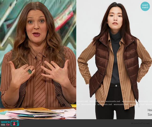 Rayon Striped Long-Sleeve Blouse by Uniqlo worn by Drew Barrymore  on The Drew Barrymore Show