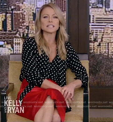 Kelly's black polka dot blouse on Live with Kelly and Ryan