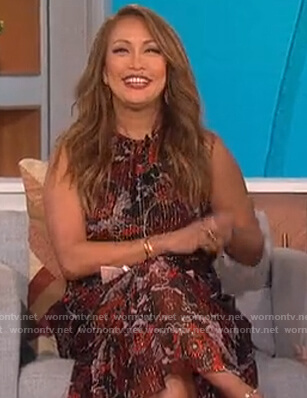 Carrie's sleeveless floral metallic dress on The Talk