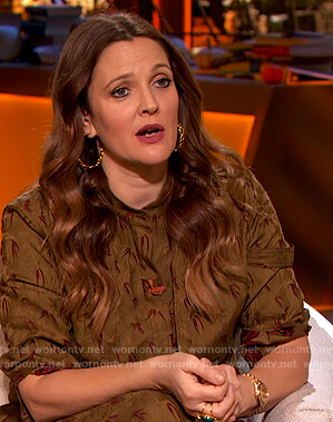 Drew's olive floral printed blouse and pants on The Drew Barrymore Show