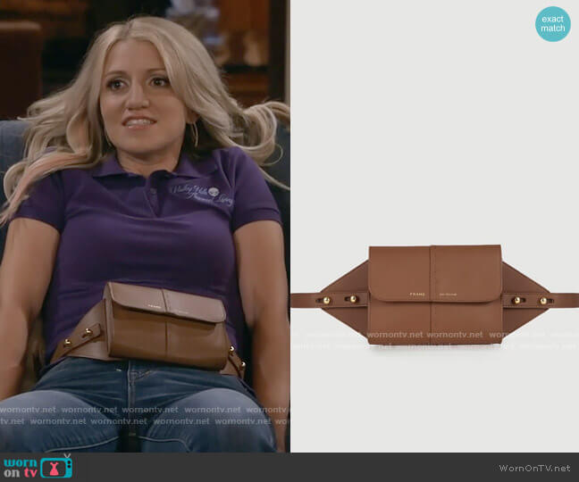 Frame Les Second - Belt Bag worn by Gina Dabrowski (Annaleigh Ashford) on B Positive