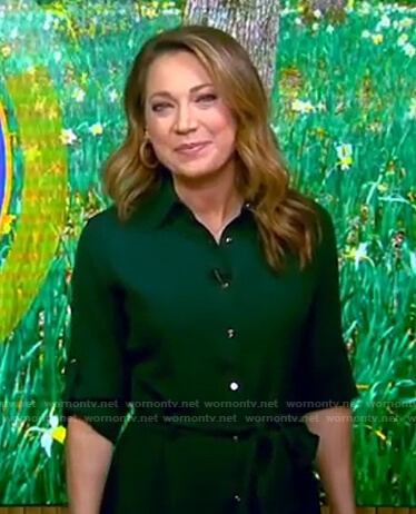 Ginger's green roll-tab shirtdress on Good Morning America