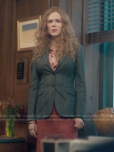 Grace's grey blazer and pink satin blouse on The Undoing