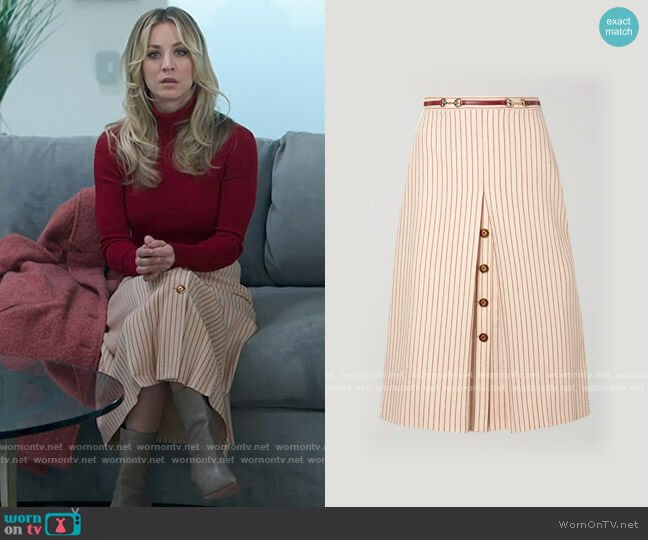 Gucci Leather-trimmed paneled pinstriped wool midi skirt worn by Cassie Bowden (Kaley Cuoco) on The Flight Attendant