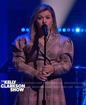 Kelly's plaid double breasted dress on The Kelly Clarkson Show