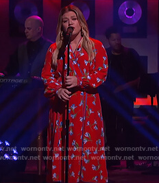 Kelly's red floral wrap dress on The Kelly Clarkson Show