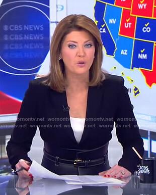Norah's black wide belt on CBS Evening News