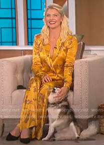 Amanda Kloots's yellow paisley blazer and pants on The Talk