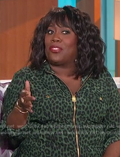 Sheryl's green leopard lock zip shirt on The Talk