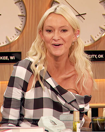 Zanna Roberts's check cutout dress on The Drew Barrymore Show
