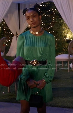 Zoey's green pleated dress on Black-ish