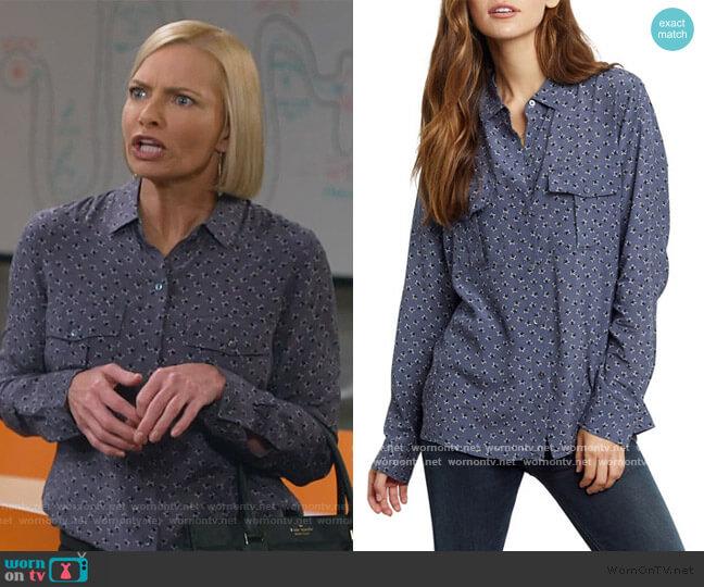 Rhett Shirt in Midnight Stars by Rails worn by Jill Kendall (Jaime Pressly) on Mom