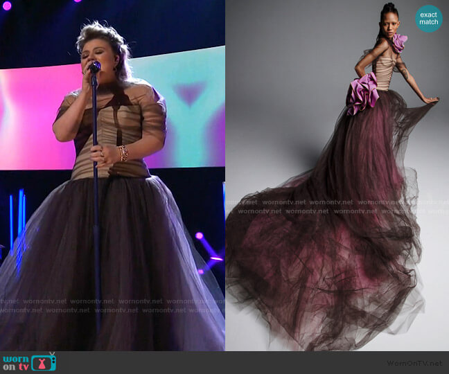 Bridal Spring 2019 Collection by Vera Wang worn by Kelly Clarkson  on The Voice