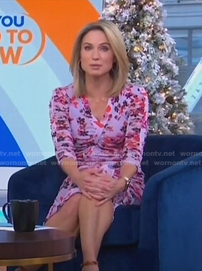 Amy's lilac floral print ruched dress on Good Morning America
