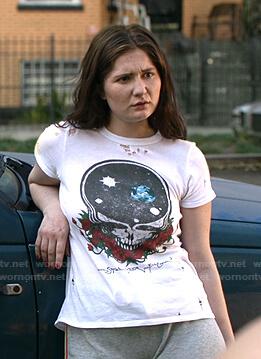 Debbie's white skull print distressed tee on Shameless